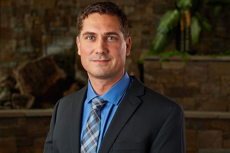 Orthopedic Surgeons | Pediatric Orthopedics | Justin Roth, DO